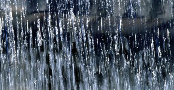 проливной дождь - лезвие звука